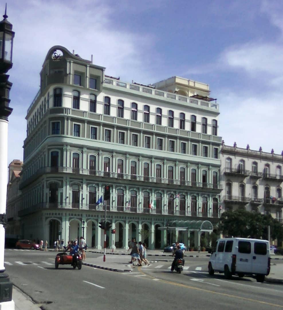 Hotel Saratoga y Museo de los orishas - Spanisch lernen in Havanna