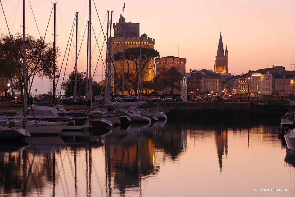 Französischkurse in La Rochelle Bassin Francis Giraudon