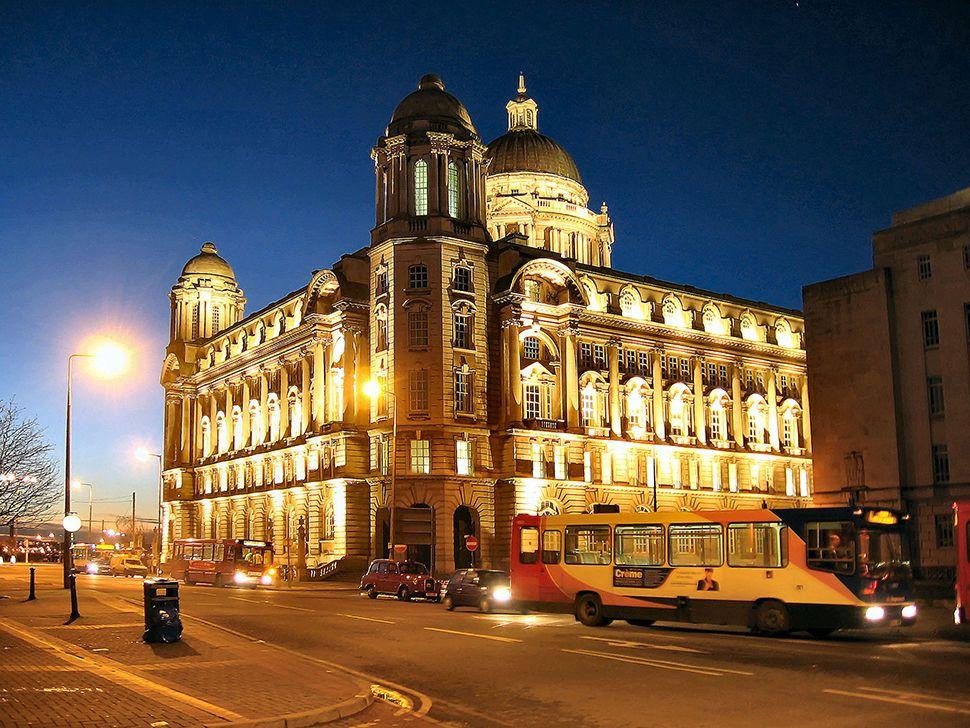 Englischkurse in Liverpool - Liver Building
