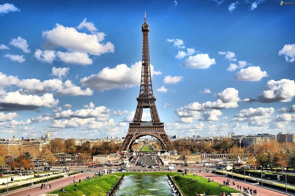 Der Eiffelturm in Paris - Französisch lernen