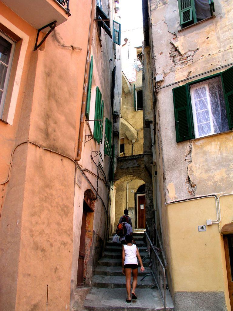 Die Stadt von San Bartolomeo in Ligurien
