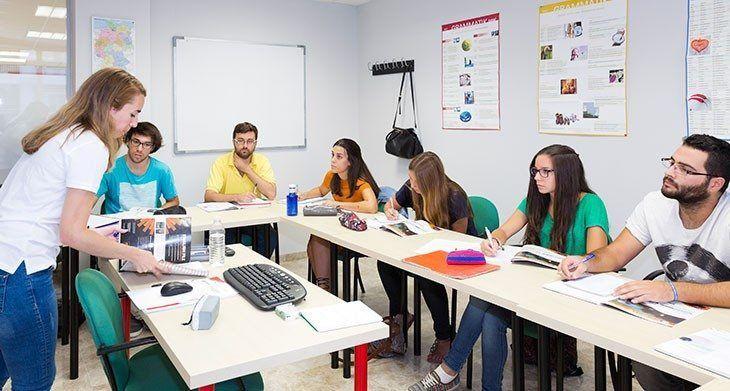 Studenten der Sprachschule in Sevilla