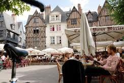 Französisch lernen Tours an der Loire Ortskern