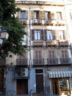 Typisches Stadthaus in Cagliari